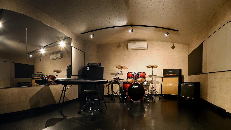 豊かな残響を誇るCスタジオ|福岡天神ゴンスタジオ